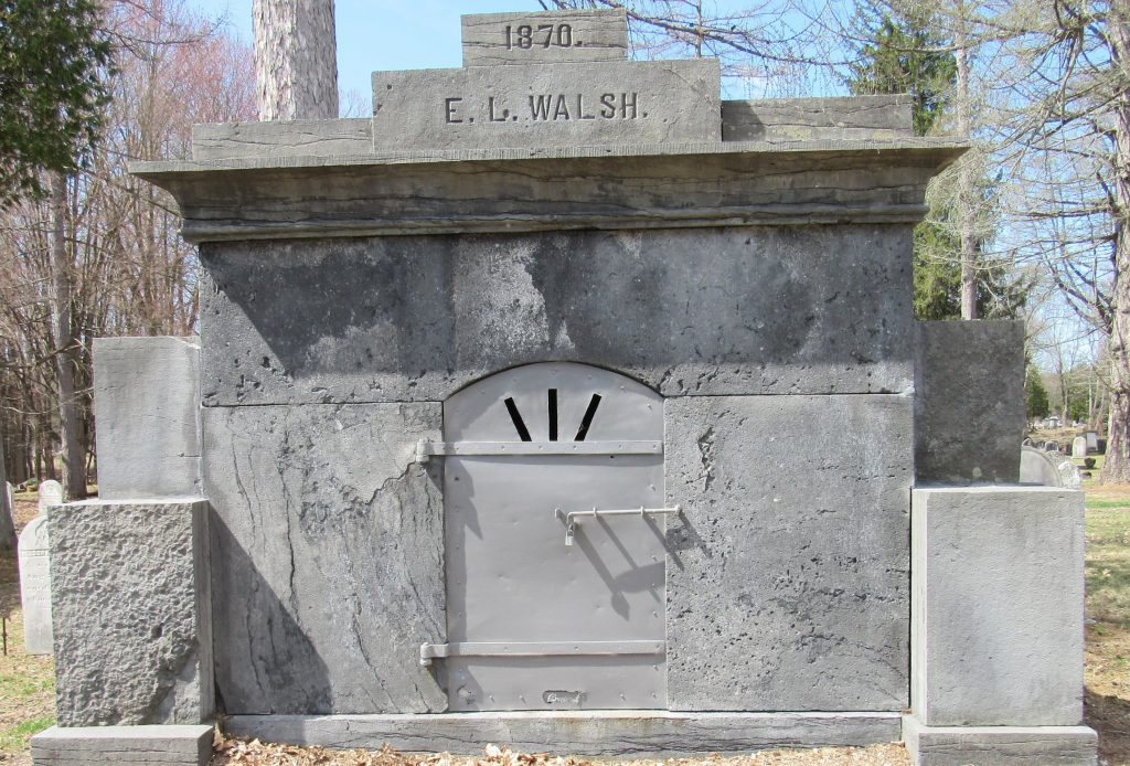 Ballston Spa mausoleum a writing challenge