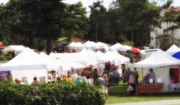 Craft fair at Shaker Heritage Society